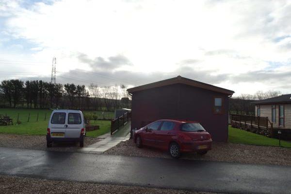 Pemberton Park Lane – Meadow View