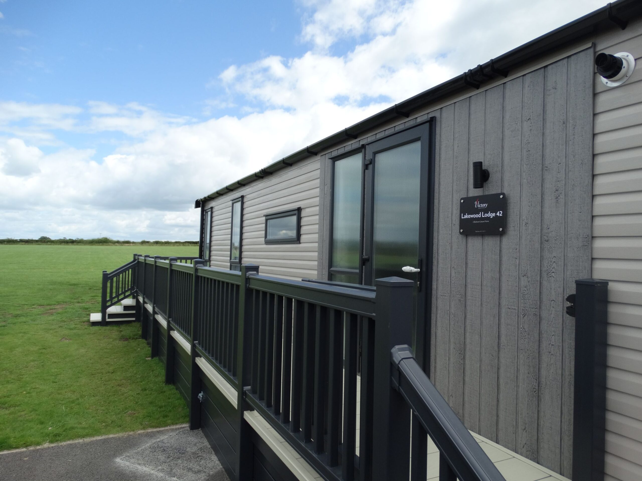 Victory Lakewood Lodge – Green Meadows Country Park